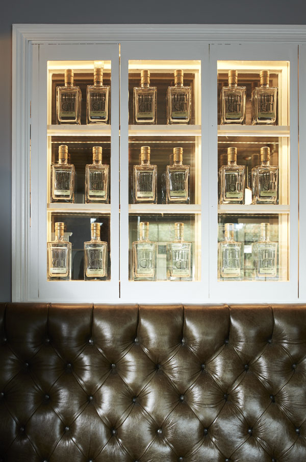 Bar, drinks, seating, display cabinate for decanters